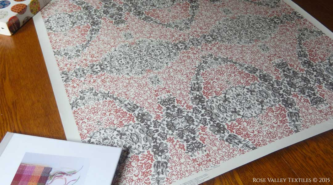 Rose-Valley-Textiles-Lovely-Lace-Wallpaper-for-Guildery