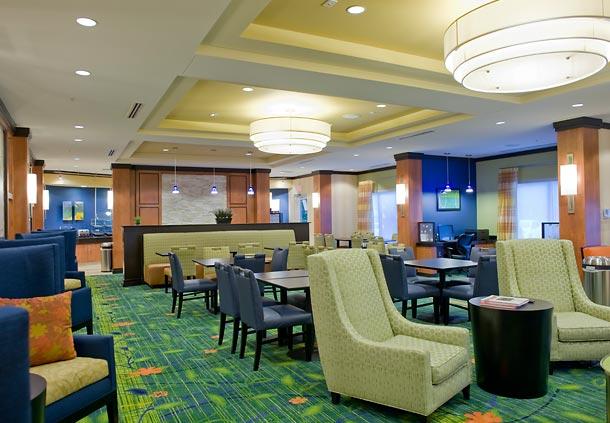 Fairfield_Inn__Suites_-_Lobby