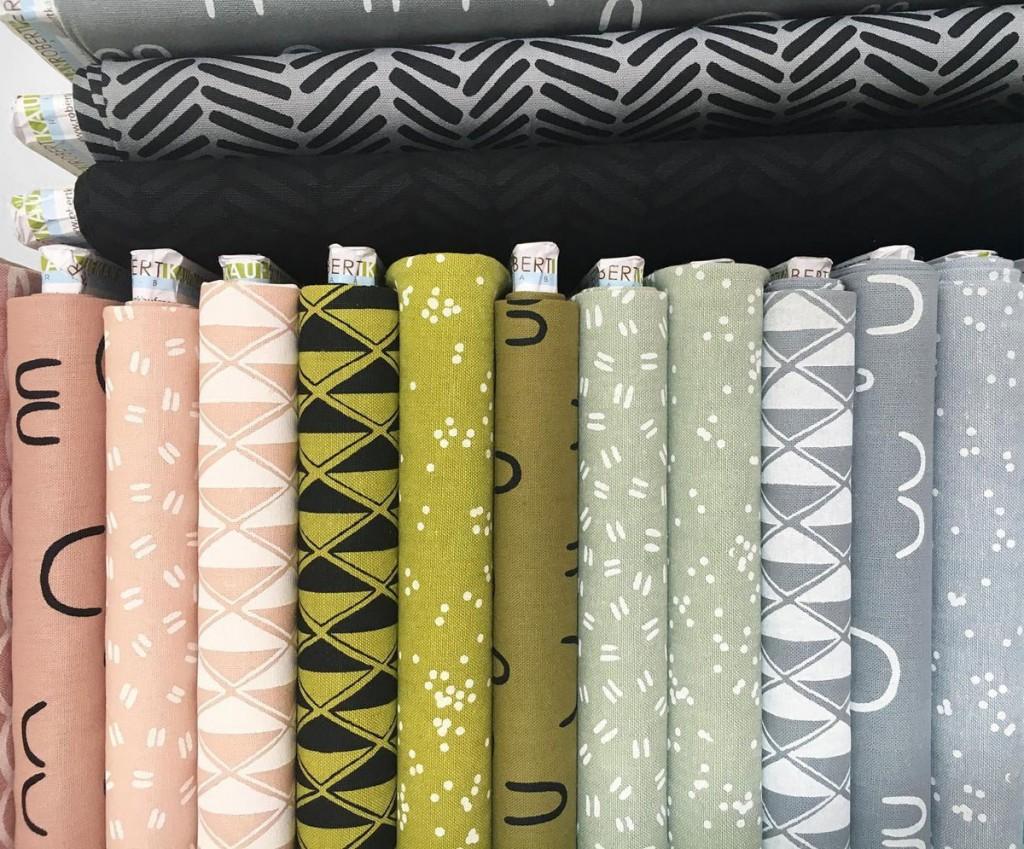 Pattern-Observer-Feature=Arroyo-Fabrics-by-Erin-Dollar